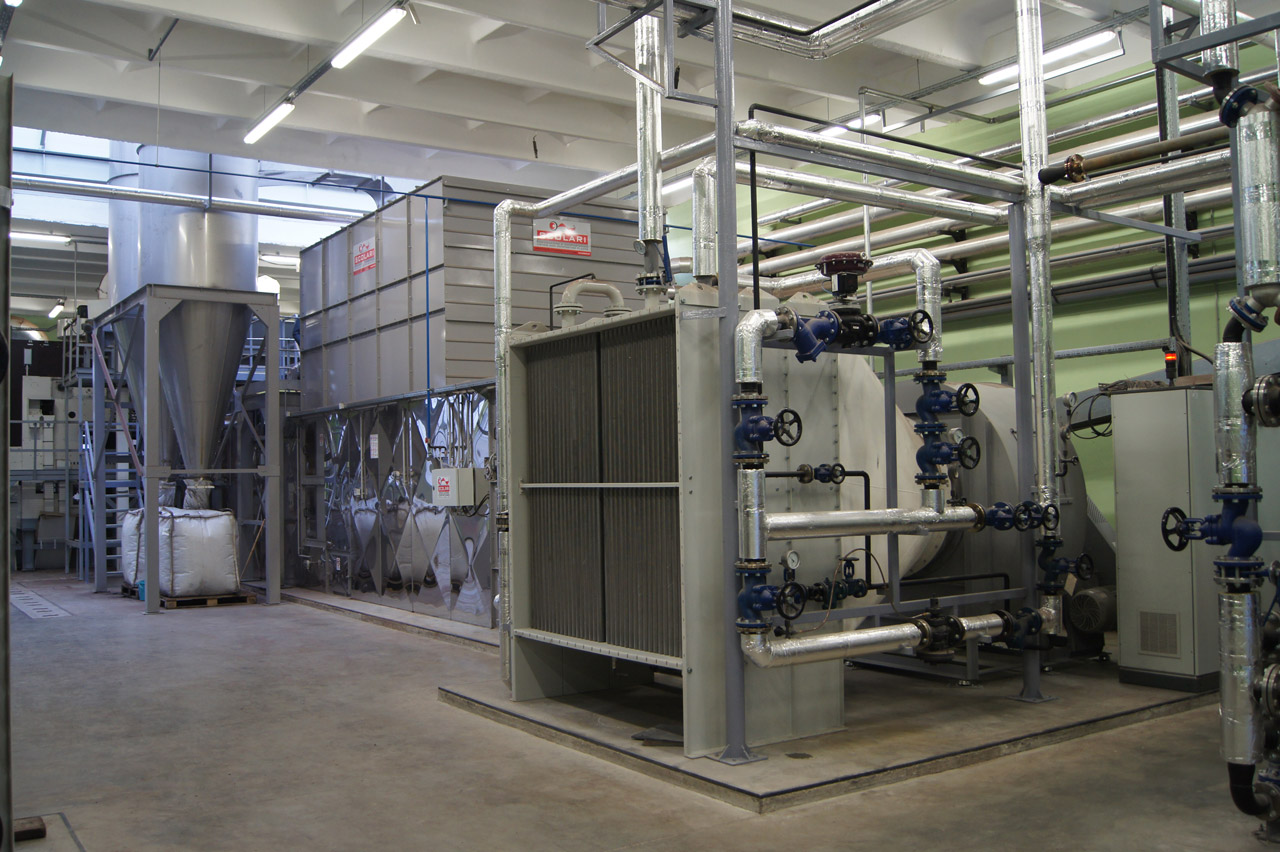 Dryers with movable conveyors